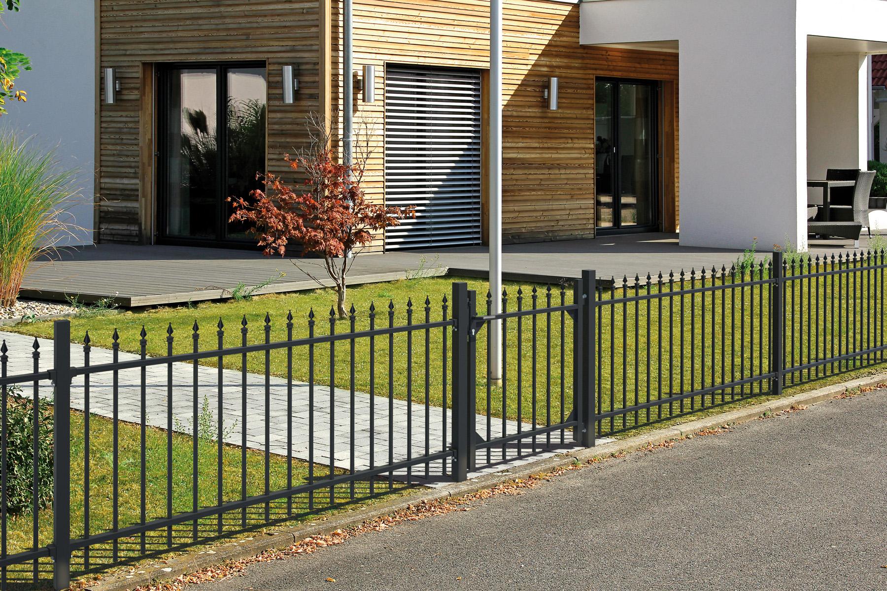 Gartenzune aus metall great fr gartenzaun metall modern with gartenzune aus metall geraumiges - Vorgartenzaun modern ...