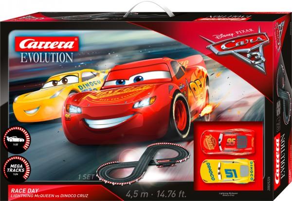 Rennbahn_Evolution_DISNEY/PIXAR_CARS_3_-_RACE_DAY